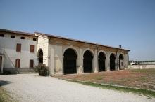 Barchessa Di Villa Thiene (Cicogna)