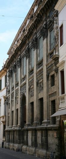 Palazzo Valmarana