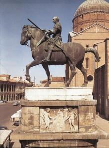 Monumento Equestre Al Gattamelata