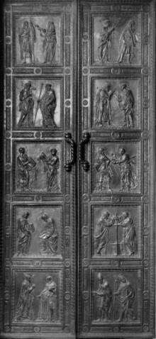 Porta Degli Apostoli
